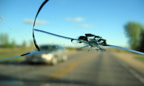 crack-in-windshield-get-it-repaired